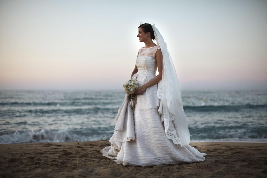 fotografo matrimonio milano reportage di matrimonio in puglia cerimonia duomo di monopoli ricevimento coccaro beach