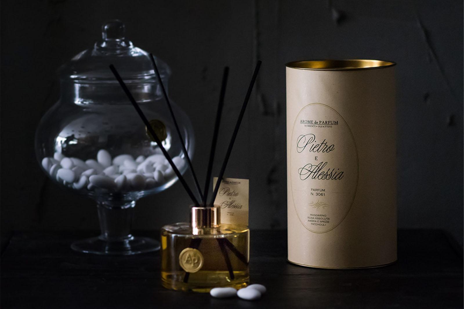 Arome de parfum, idee regalo per matrimonio, fragranze personalizzate bomboniere confetti